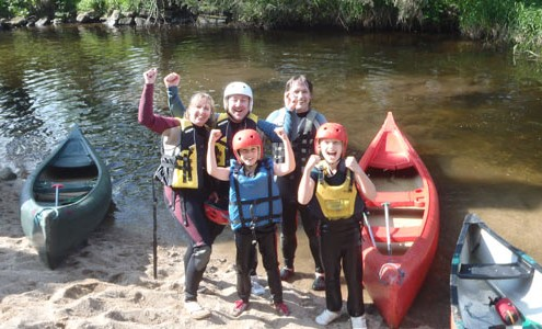 No3-family day canoeing_gowiththeflow.ie